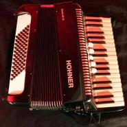 akkordeon-hohner-bravo-iii-72-von-oben