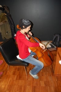 Und Sie spielte Cello